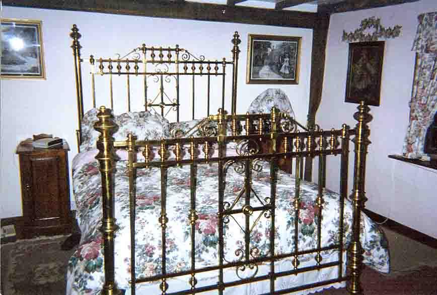 Antique Brass Bedsteads