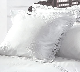 White Lace Duvet Covers And Tablecloths At Linens Lace