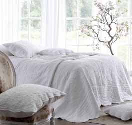 Athens White quilted bedspread