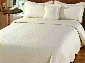 victoria cream quillted bedspread