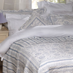vienna blue and white toile de jouy quilted bedspread