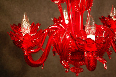 murano red glass chandelier closeup