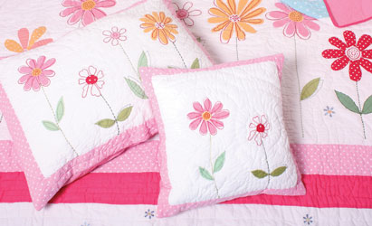 flower garden girls bed linen close up