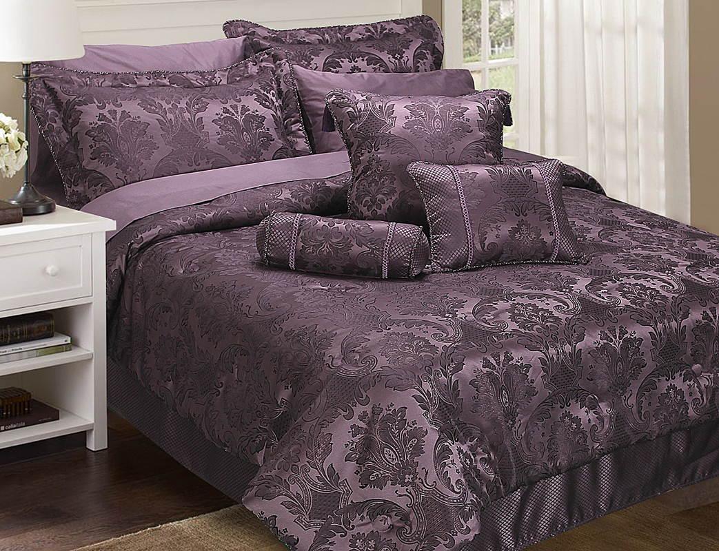 Aubergine Bedding And Curtain Sets