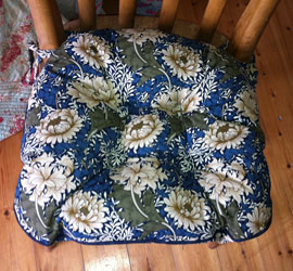 william morris chrysanthemum blue chunky seat pad