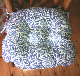 willow bough blue chunky seat pad close up
